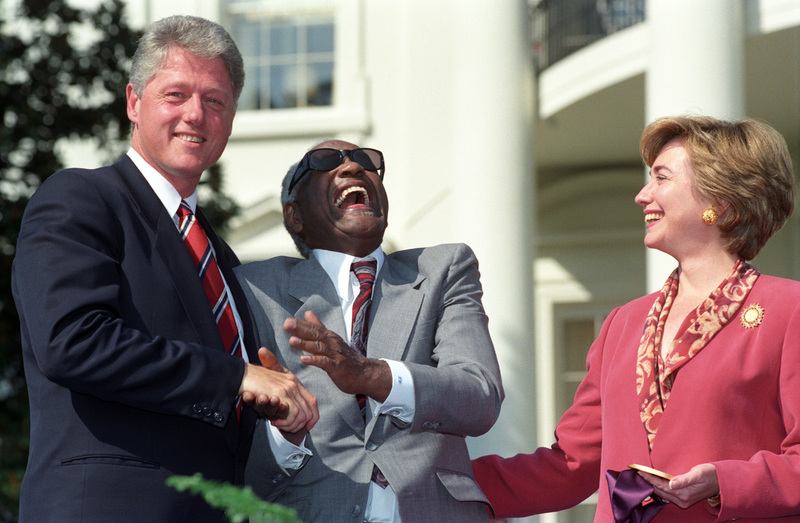 http://storage.lbjf.org/clinton/photos/P08365-08A_07OCT1993_H.jpg