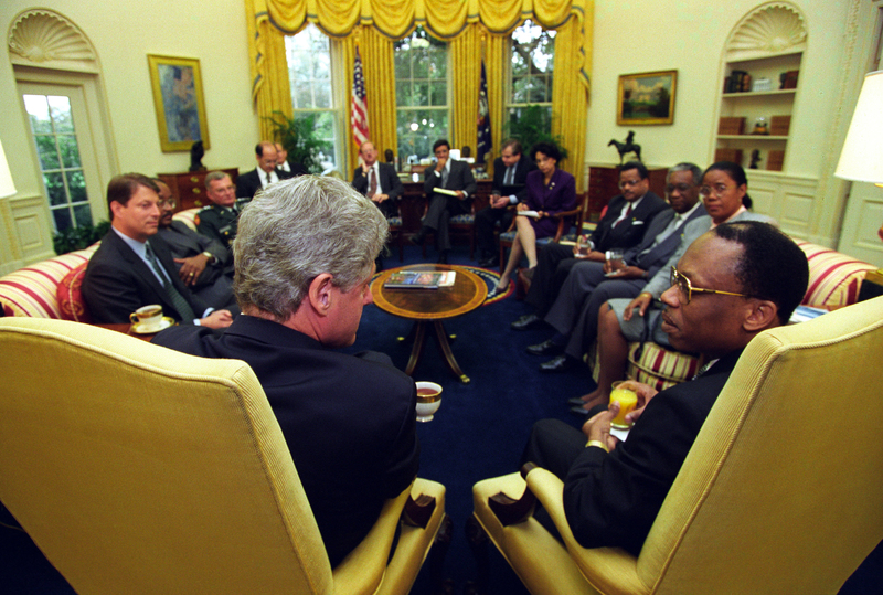 http://storage.lbjf.org/clinton/photos/P20755_09a_14Oct1994_H.jpg