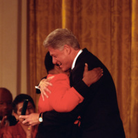 http://storage.lbjf.org/clinton/photos/central/P77280-34_09Nov1999_H.jpg