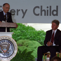 http://storage.lbjf.org/clinton/photos/education/P15659_25_16May1994_H.jpg