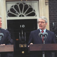 http://storage.lbjf.org/clinton/photos/northern-ireland/P34443-14_29Nov1995_H.jpg