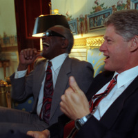 http://storage.lbjf.org/clinton/photos/P08356-26A_07OCT1993_H.jpg
