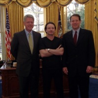 Bono with President Clinton and Vice President Al Gore