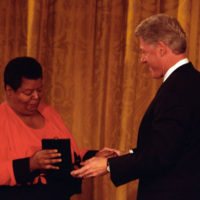 http://storage.lbjf.org/clinton/photos/central/P77280-35_09Nov1999_H.jpg