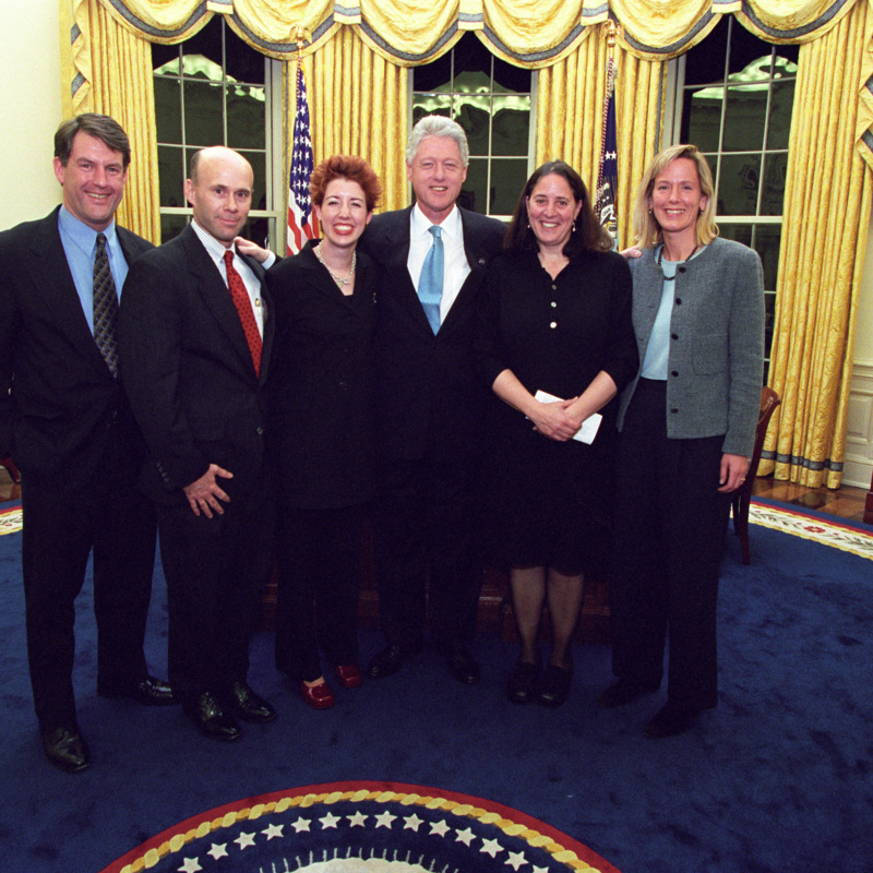 http://storage.lbjf.org/clinton/photos/offices/42-WHPO-P87802-03a.jpg