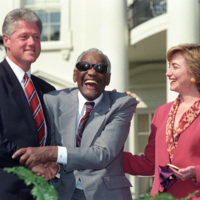 http://storage.lbjf.org/clinton/photos/P08365-07A_07OCT1993_H.jpg