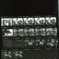http://clintonlibrary.gov/assets/storage2/Contact-Sheets/2006-1135-F/Segment56.pdf