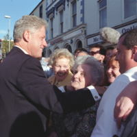 http://storage.lbjf.org/clinton/photos/northern-ireland/P66144-15_03Sep1998_H.jpg