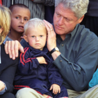 http://storage.lbjf.org/clinton/photos/P73638_32_22JUN1999_H.jpg