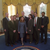http://storage.lbjf.org/clinton/photos/offices/P88200-07a_16Jan2001_H.jpg