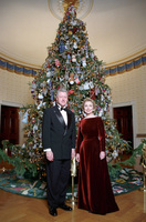 http://www.clintonlibrary.gov/assets/storage/Research-AV/images/P68534_06A_05DEC1998_H.jpg