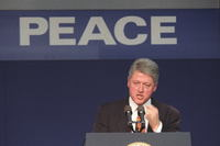 http://storage.lbjf.org/clinton/photos/northern-ireland/P34490-12a_30Nov1995_H.jpg